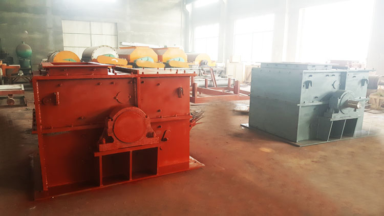 6 ring hammer crusher.jpg